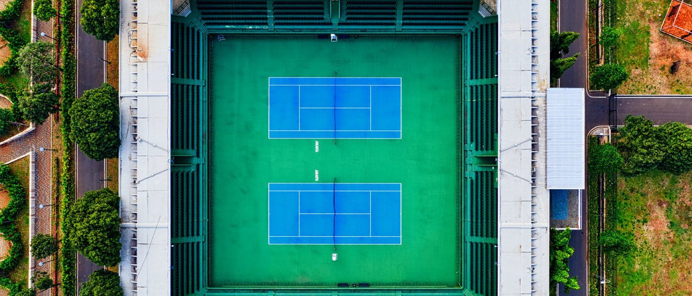 what is a hard court in tennis