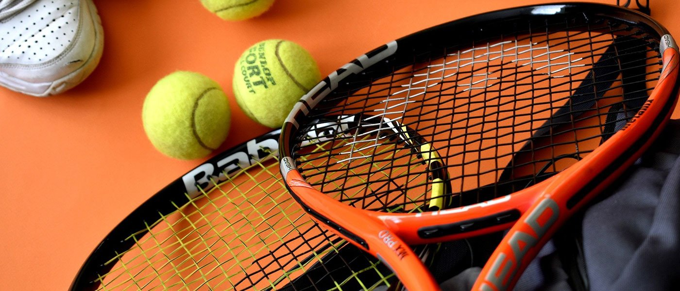 best tennis racket for tennis elbow