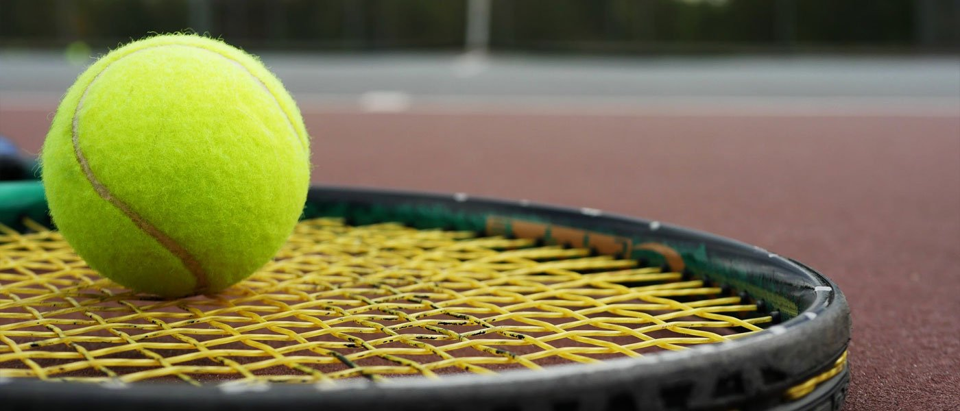 how to choose a tennis string gauge